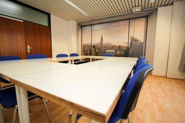 Stuttgart  Meeting room Semianrraum loerntspace HBF image 5