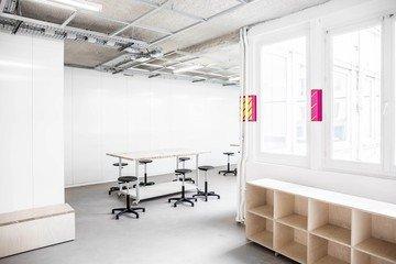Paris  Besonders Atelier B image 0