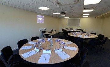 Birmingham seminar rooms Salle de réunion YMCA  - Featherstone Room (CA) image 6