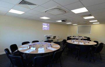 Birmingham seminar rooms Salle de réunion YMCA  - Featherstone Room (CA) image 4