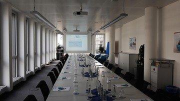 Munich  Salle de réunion Meeting Räume Creditreform München image 1