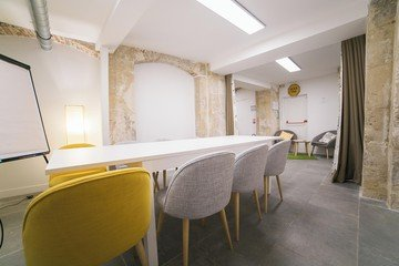 Paris  Espace de Coworking Meeting room image 3