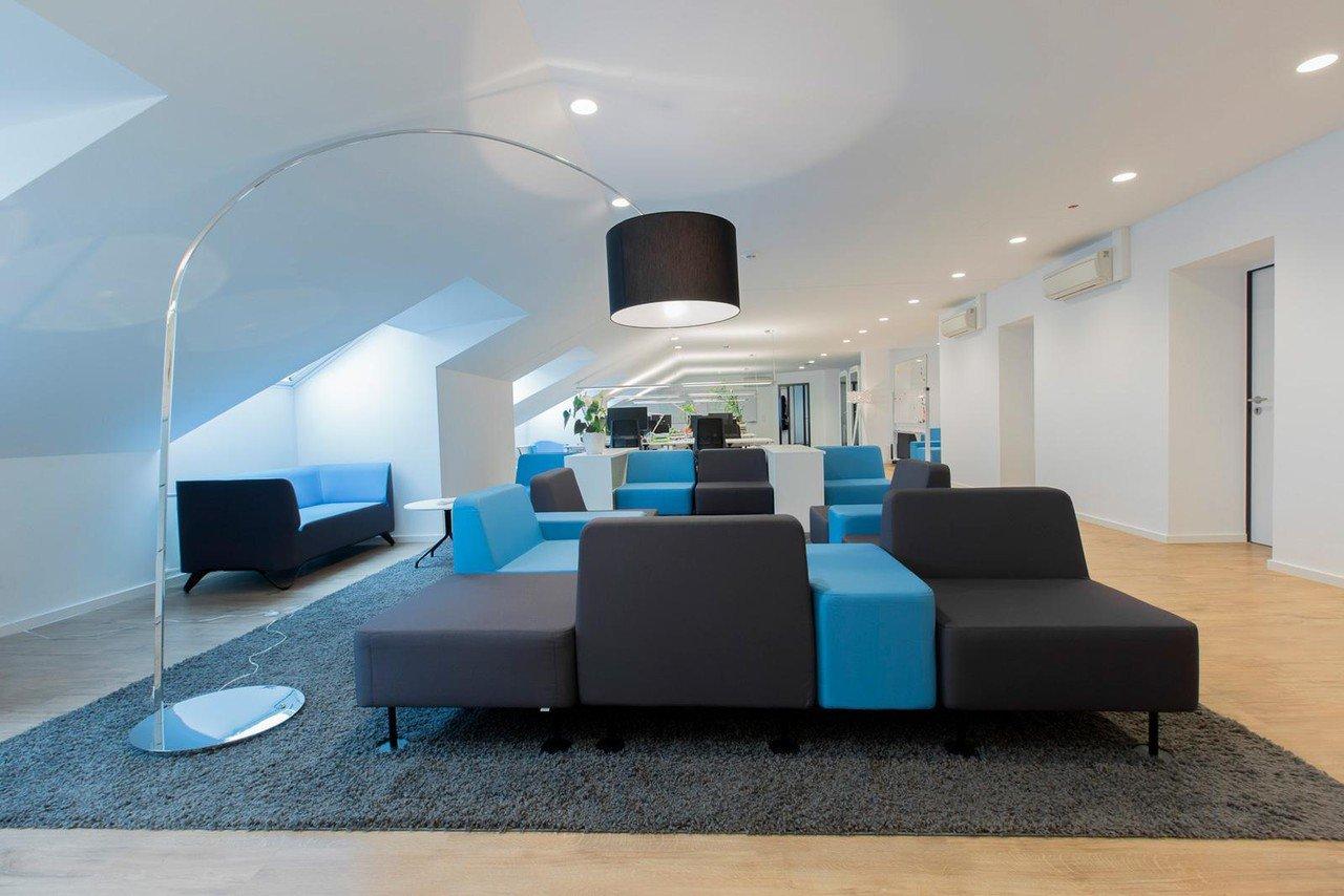 Munich workshop spaces Espace de Coworking Hochwertiger und funktionaler Meetingraum bei WorkRepublic image 1