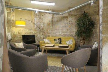 Paris   Living room image 1
