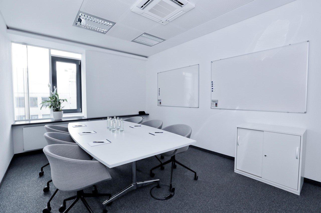 Francfort workshop spaces Espace de Coworking WorkRepublic Hauptwache image 3