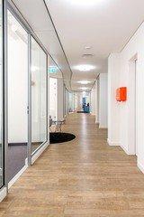 Hamburg  Espace de Coworking Hochwertiger und funktionaler Meetingraum bei WorkRepublic image 2