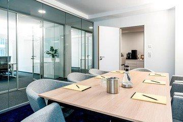 Hamburg   Hochwertiger und funktionaler Meetingraum bei WorkRepublic image 1