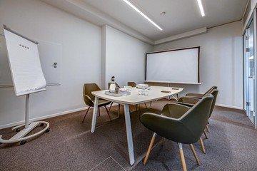 Stuttgart  Coworking Space Hochwertiger und funktionaler Meetingraum bei WorkRepublic image 0