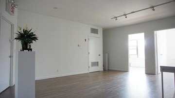 NYC  Galerie d'art Brand New Bushwick Gallery and Art Space image 2