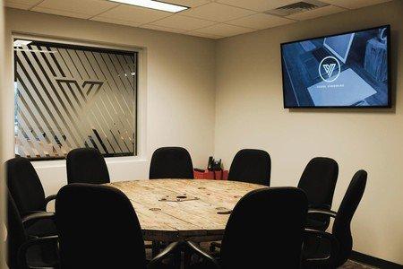 Austin conference rooms Salle de réunion Vessel Co-working Meeting Room 1 image 2