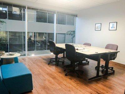 Austin conference rooms Salle de réunion Duo Works - Cafe Ole Office image 0