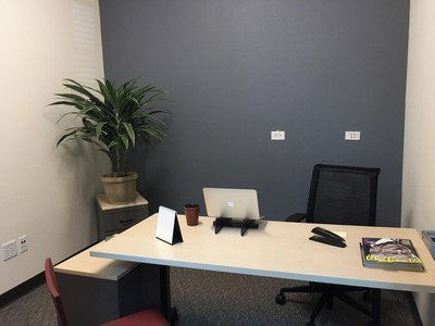 Santa Cruz  Meeting room Private Office image 0