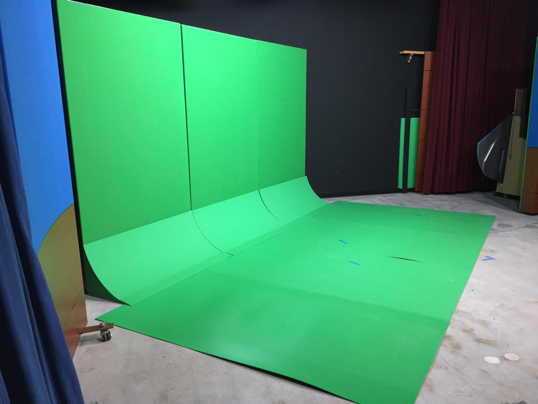 Santa Cruz  Studio Photo Studio image 2