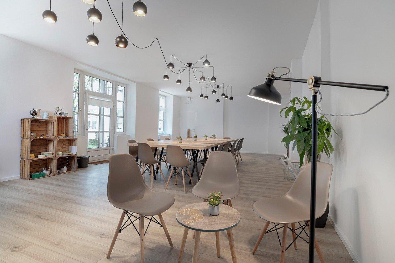 invitata mieten in m nchen. Black Bedroom Furniture Sets. Home Design Ideas