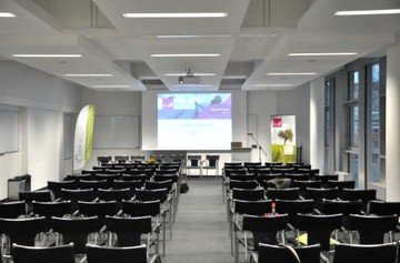 Berlin  Auditorium Start-Up Lab / Open Space image 4