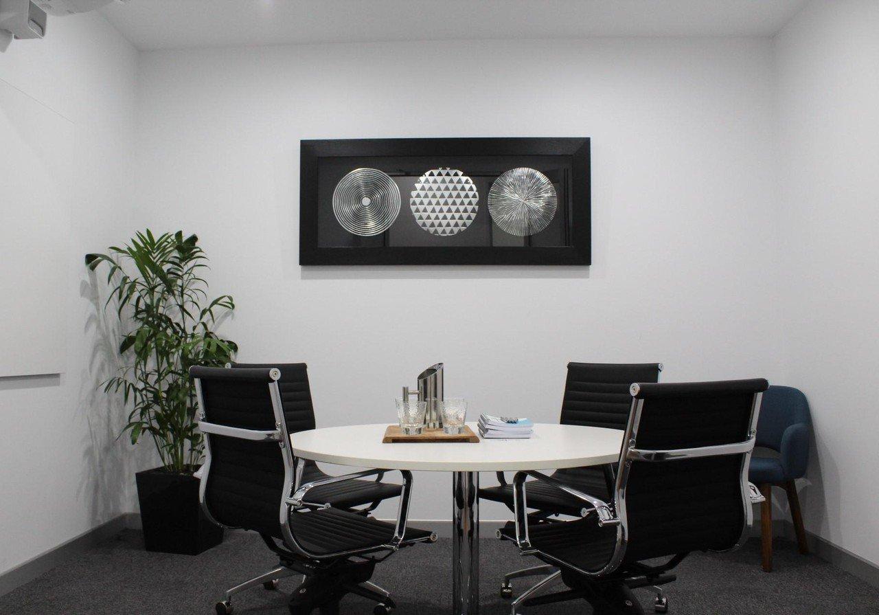 """Brisbane workshop spaces Salle de réunion Meeting Room - """"La Trobe"""" Studio 42 Workspaces CA image 0"""