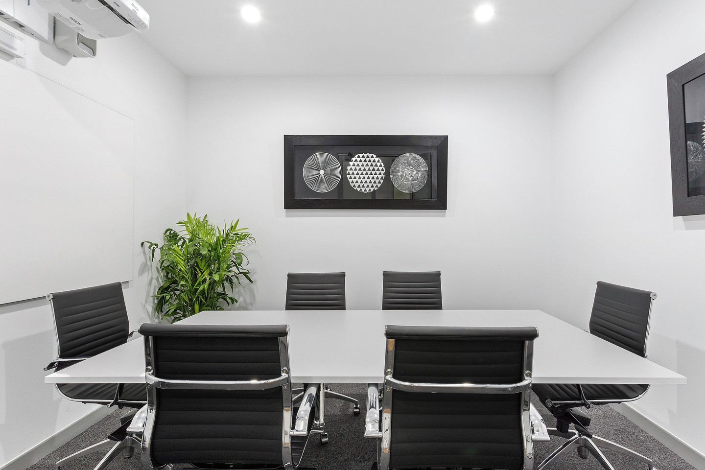 Brisbane conference rooms Salle de réunion Studio42 La Trobe Boardroom image 1