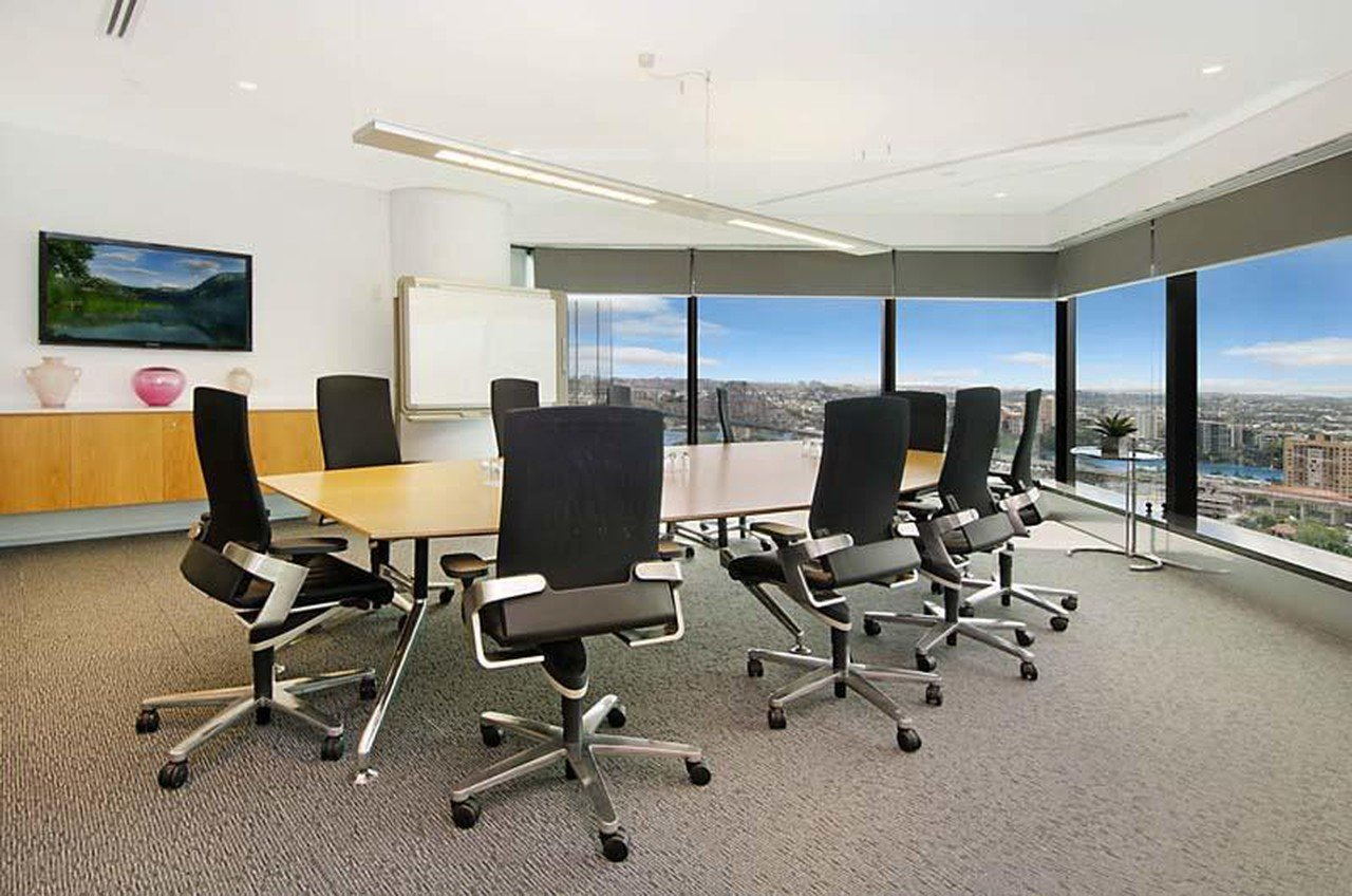 Brisbane   Waterfront Executive Offices image 0