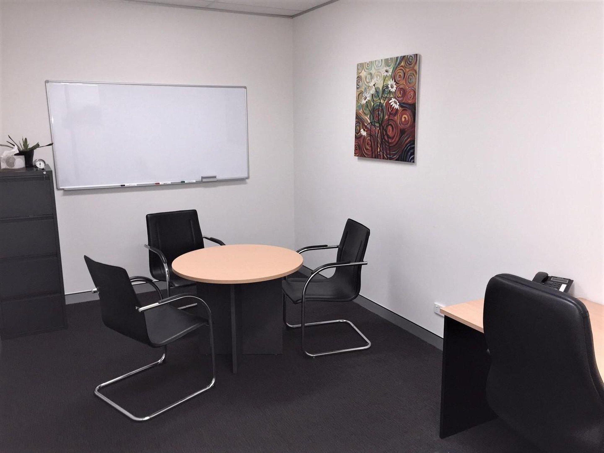 Brisbane conference rooms Salle de réunion Ashgrove Serviced Offices - Boardroom image 0