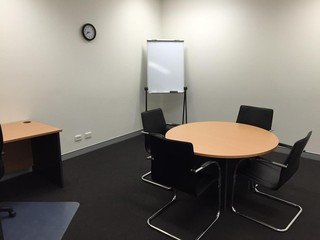 Brisbane conference rooms Meeting room Ashgrove Serviced Offices - Larger Meeting Room image 0