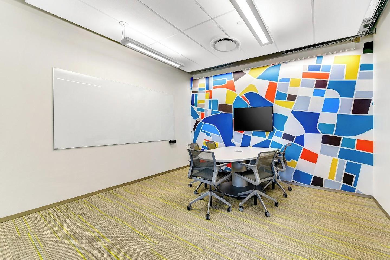 Austin  Salle de réunion Bright Lights Conference Room image 0