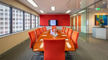 Brisbane conference rooms Meetingraum BSPACE Brisbane - Glass Walled Conf image 2