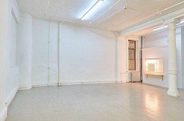NYC  Foto Studio Ejaz Khan image 2