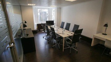 London workshop spaces Meeting room St james's boardroom image 1