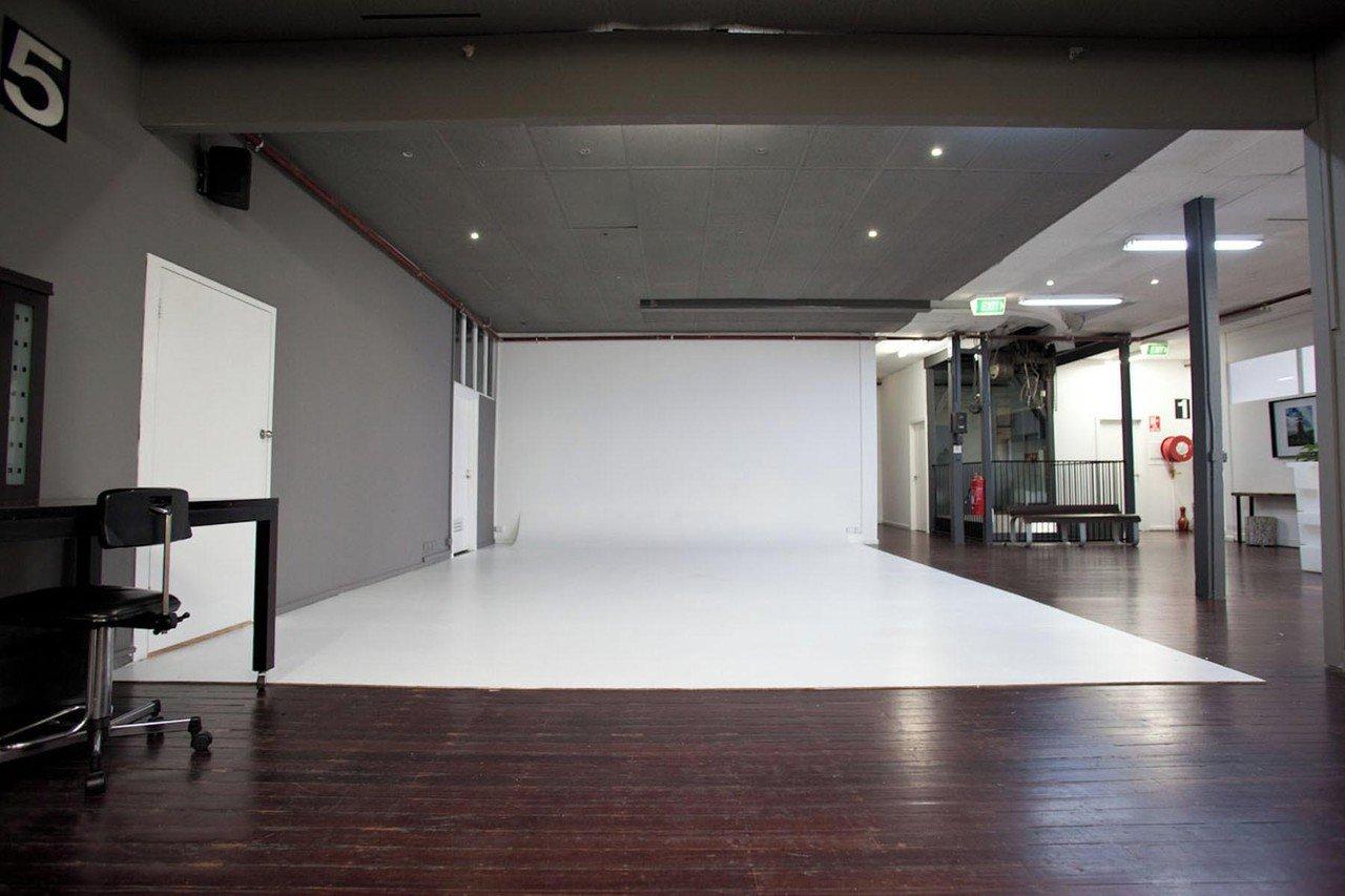 Melbourne workshop spaces Foto Studio Glow Studios - G79 image 13