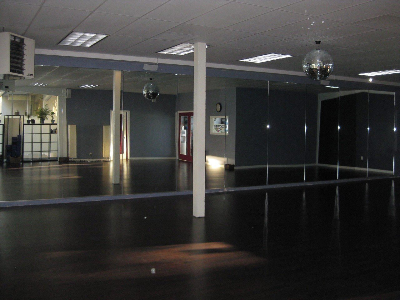 San Jose  Besonders Yoga Belly Yoga Studio image 1