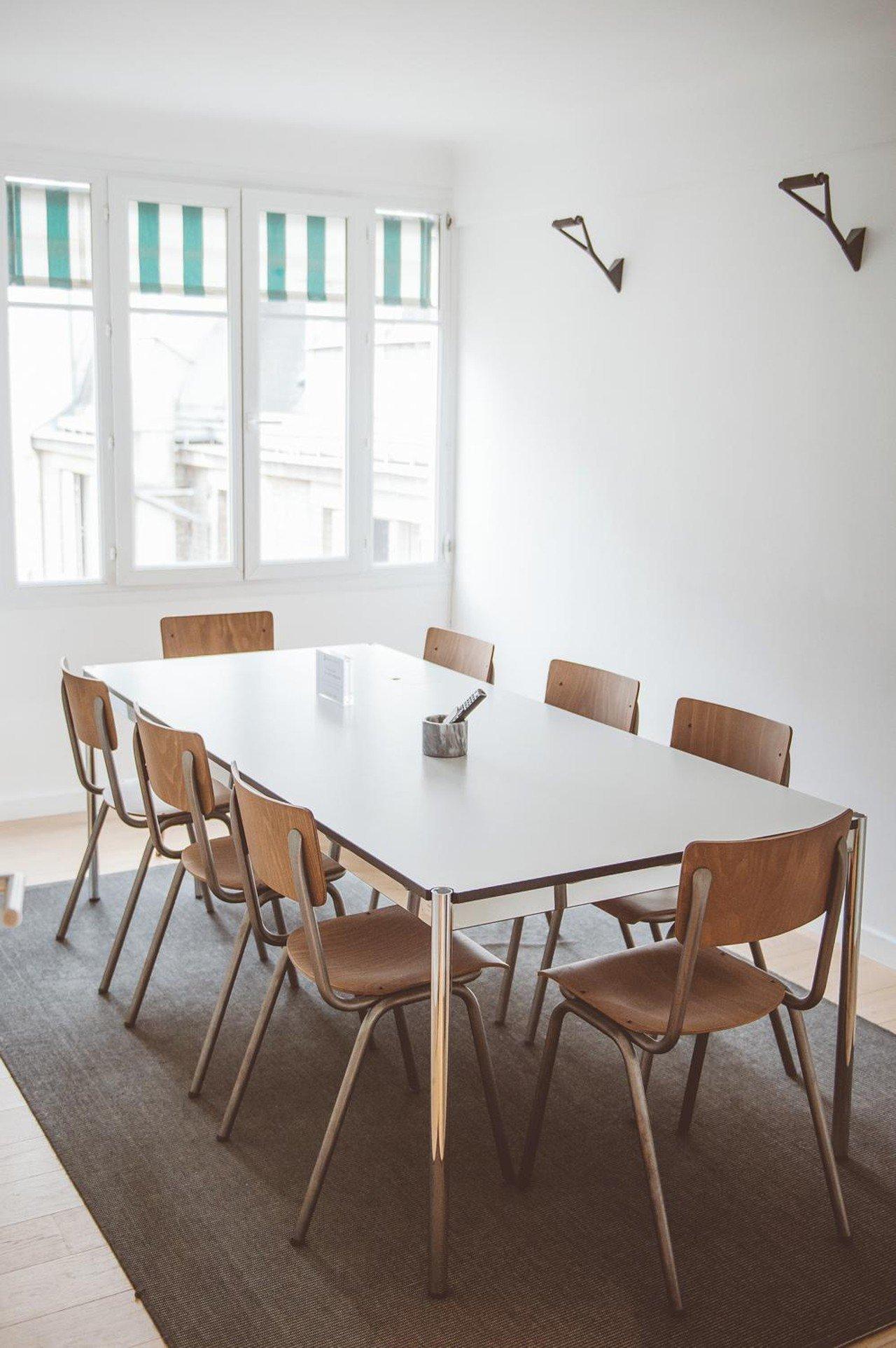 Paris  Meetingraum Salle de Réunion de 8 personnes à proximité de l'Etoile image 0