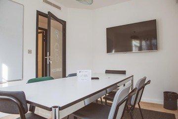 Paris  Meetingraum Meeting Room de 6 personnes dans le 16 ème image 2