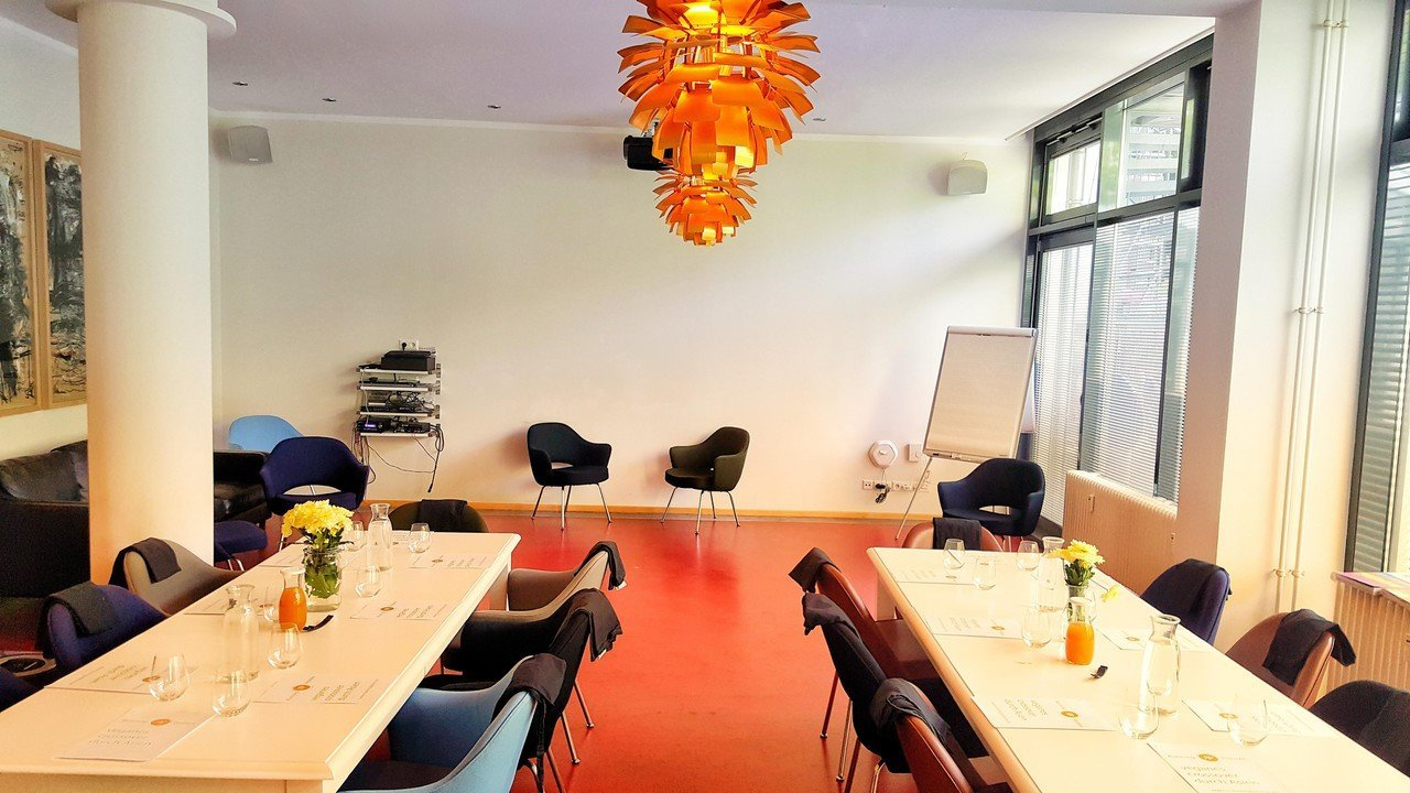Berlin  Meetingraum Boho Space image 0