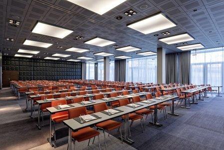 Köln training rooms Meetingraum Radisson Blu Hotel image 0