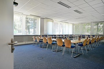 München seminar rooms Meetingraum Hyperion München Siriusfacilities image 1