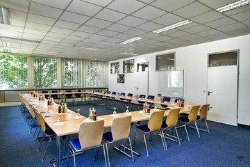 München seminar rooms Meetingraum Hyperion München Siriusfacilities image 2