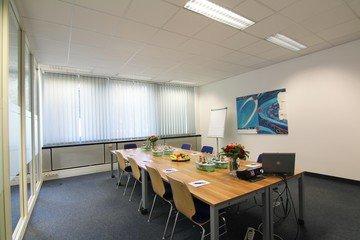 München seminar rooms Meetingraum Dione München Siriusfacilities image 2