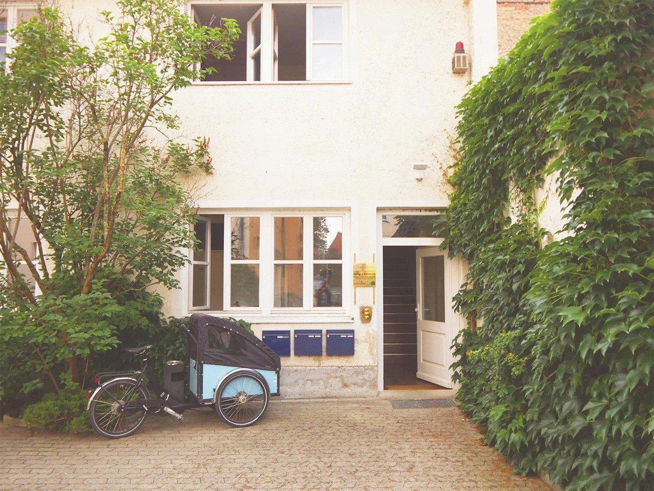 München   Office 3 Minuten zum Englischen Garten image 0