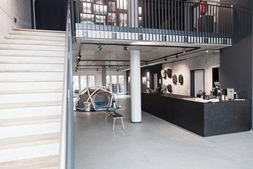 Hamburg  Galerie Heimplanet Showroom and Gallery with Bar image 1