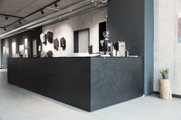 Hamburg  Galerie Heimplanet Showroom and Gallery with Bar image 5