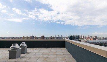 NYC  Terrasse Stunning Manhattan skyline image 3