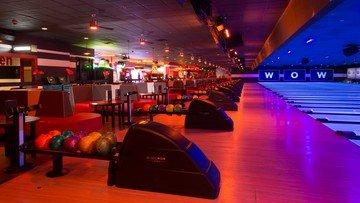 Rest der Welt corporate event venues Partyraum Bowlmor Houston Lane #391 (CA) image 1