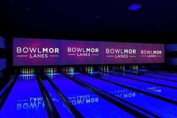 Rest der Welt Salles pour événement professionnel Partyraum Bowlmor Houston Lane #391 (CA) image 0