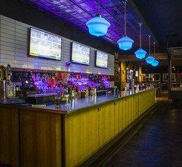 Rest der Welt corporate event venues Partyraum Bowlero Woodlands #413 (CA) image 2