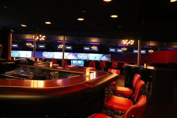 NYC corporate event venues Partyraum Bowlmor Santa Monica  #258 (CA) image 1