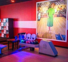 NYC corporate event venues Partyraum Bowlmor Queens Lanes #210 (CA) image 1