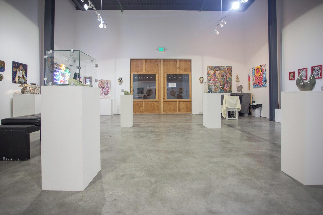 Santa Cruz corporate event venues Gallery The Art Cave (CA) image 0