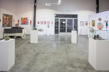 Santa Cruz corporate event venues Gallery The Art Cave (CA) image 1