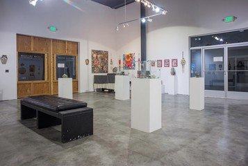 Santa Cruz corporate event venues Galerie The Art Cave (CA) image 3