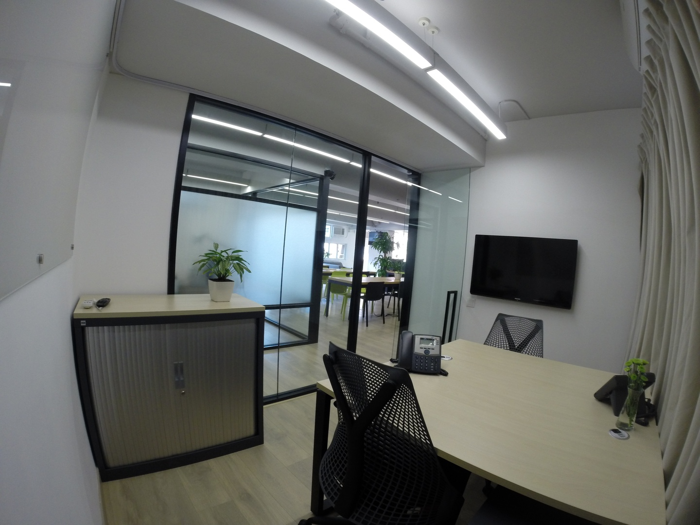 Hong Kong conference rooms Meetingraum Wynd Co-Working Space - Private Office for 2 image 1